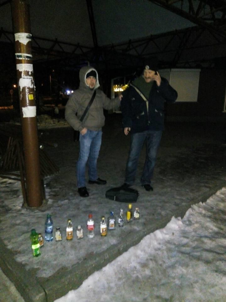 Де в Луцьку вночі знову «розливали» сурогат? (ФОТО), фото-2