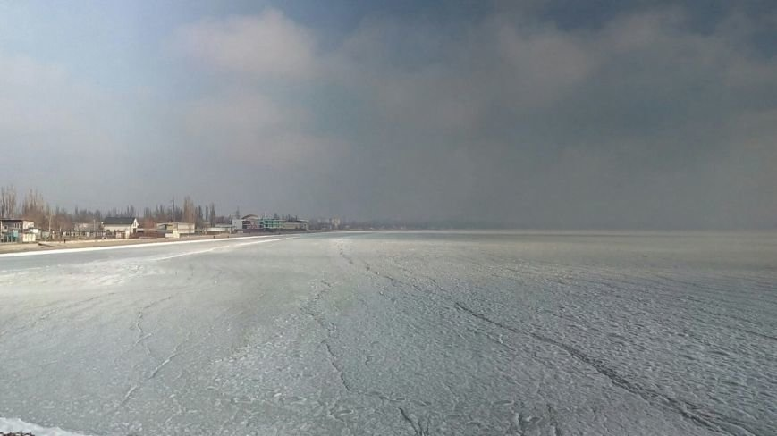 В одесской Лузановке море превратилось в ледяную пустыню (ФОТО), фото-1