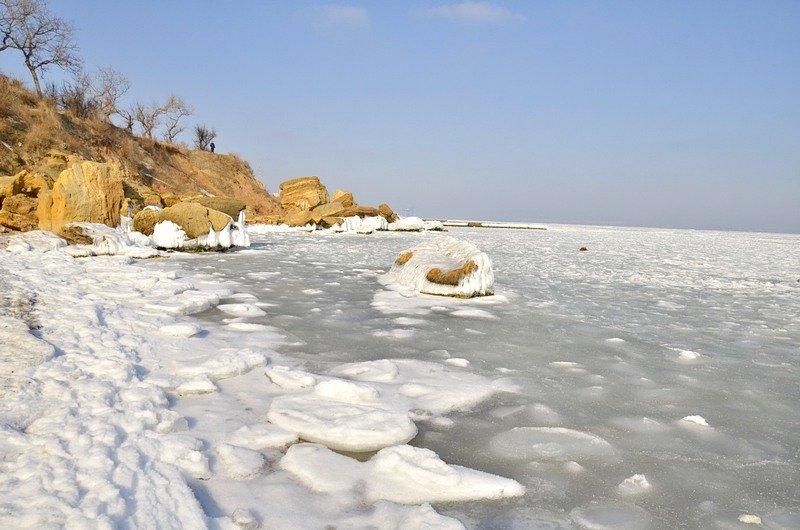 В Одессе вдоль Трассы здоровья растянулись километры льда (ВИДЕО, ФОТО), фото-32