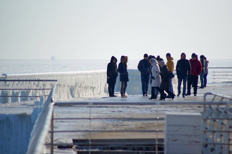В Одессе вдоль Трассы здоровья растянулись километры льда (ВИДЕО, ФОТО), фото-3