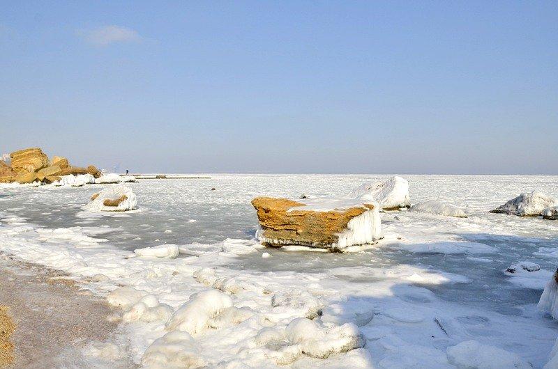В Одессе вдоль Трассы здоровья растянулись километры льда (ВИДЕО, ФОТО), фото-29
