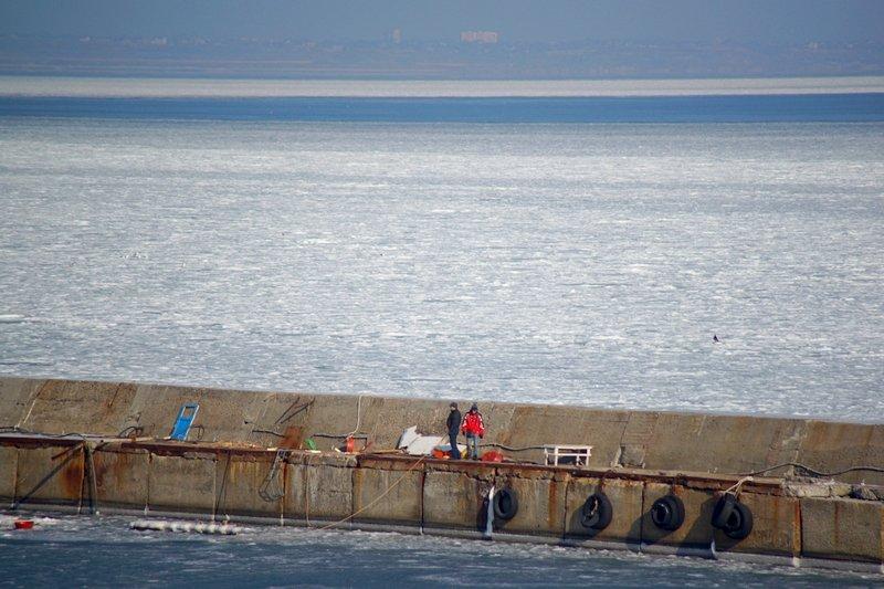 В Одессе вдоль Трассы здоровья растянулись километры льда (ВИДЕО, ФОТО), фото-13
