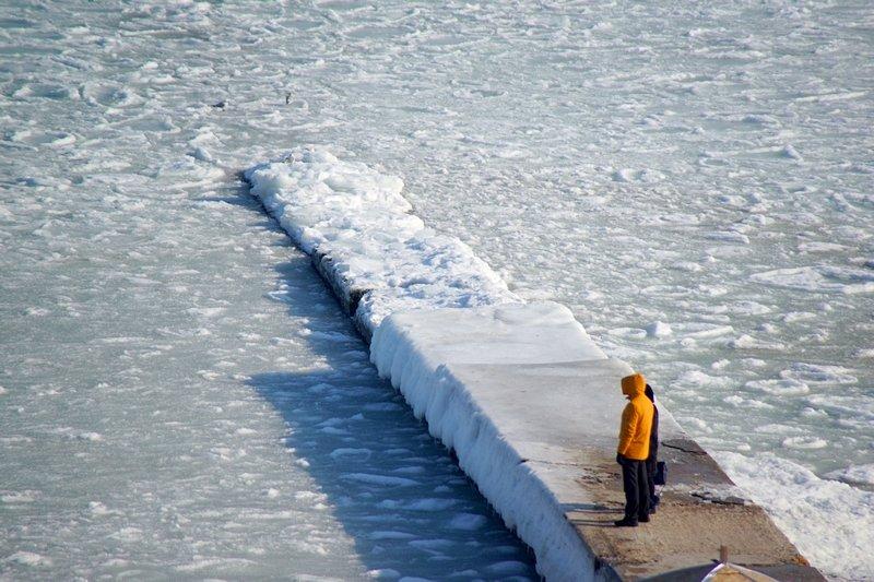 В Одессе вдоль Трассы здоровья растянулись километры льда (ВИДЕО, ФОТО), фото-21