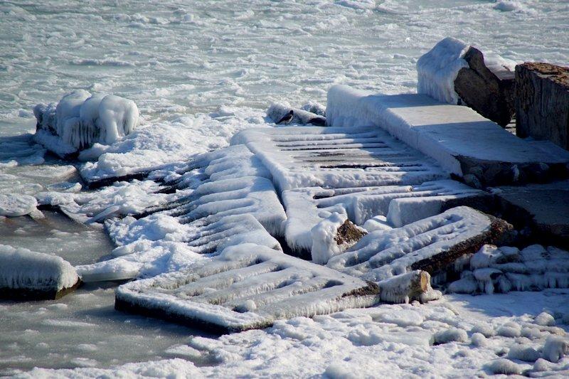 В Одессе вдоль Трассы здоровья растянулись километры льда (ВИДЕО, ФОТО), фото-37