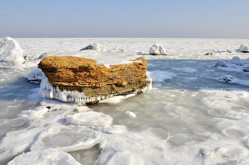 В Одессе вдоль Трассы здоровья растянулись километры льда (ВИДЕО, ФОТО), фото-30