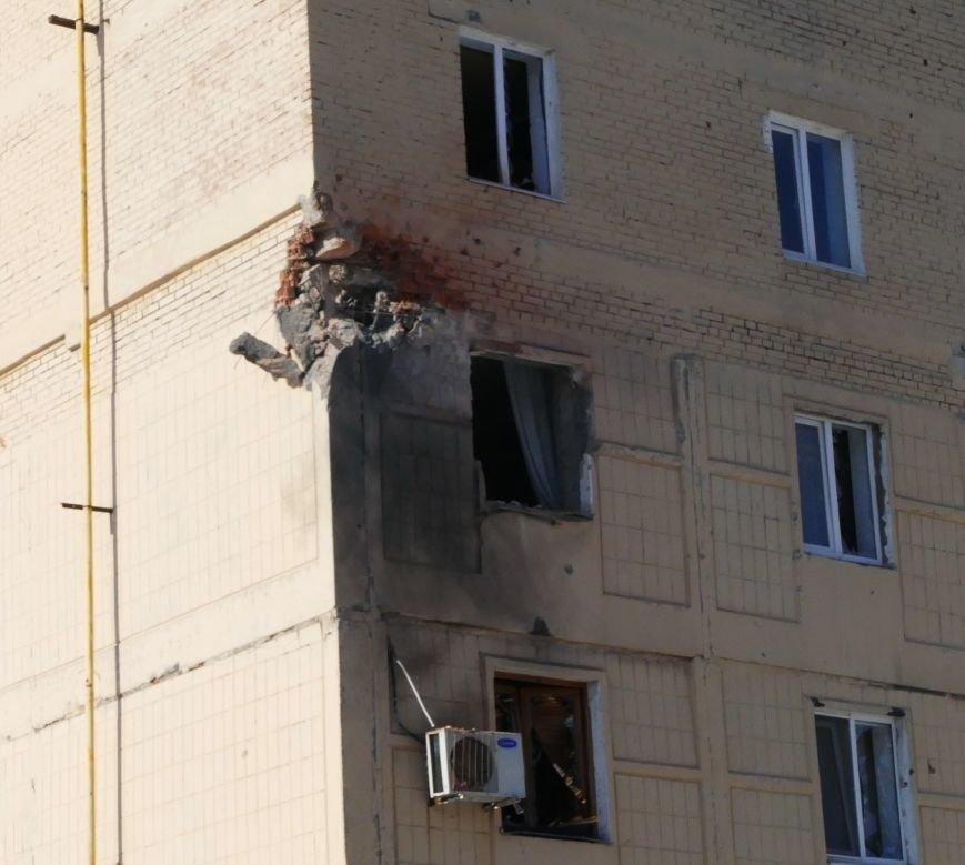 В Донецке снаряды падают в жилые кварталы (ФОТО), фото-4
