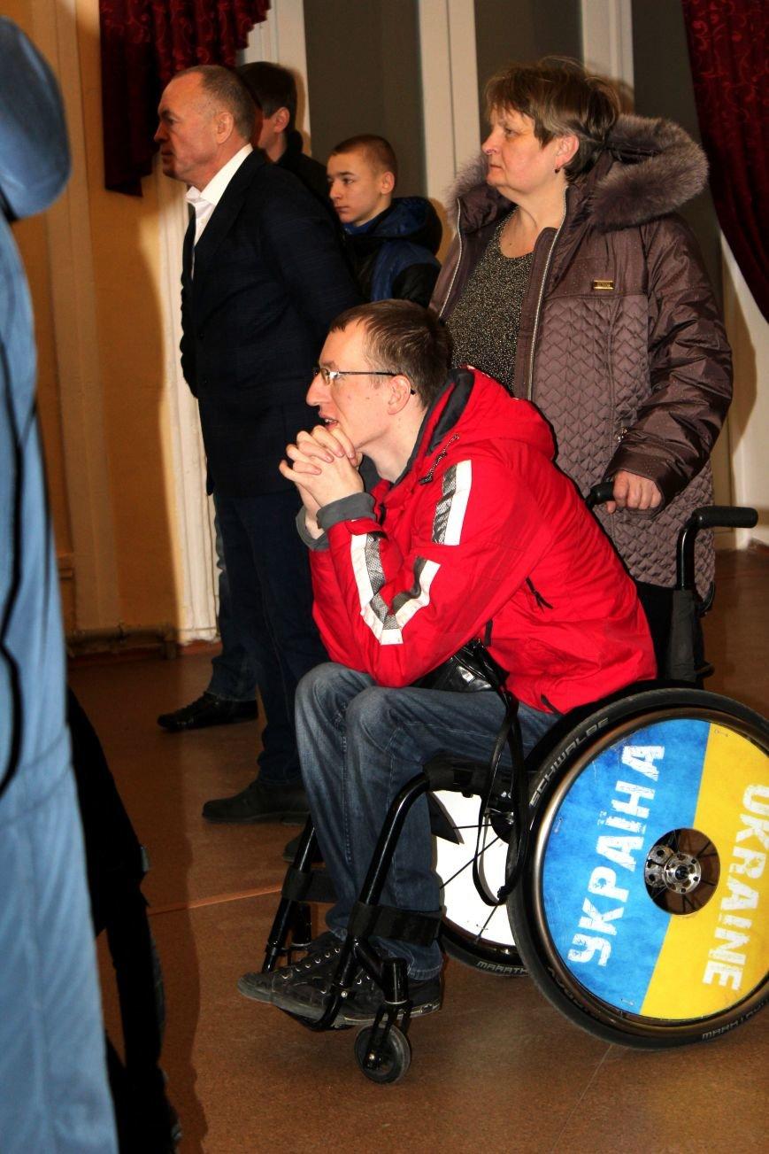 В Мариуполе на стипендии спортсменам выделили 680 тысяч гривен (ФОТО), фото-1