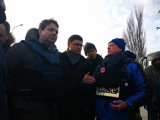 В Мариуполь приехали министр и посол из Франции (ФОТО+ДОПОЛНЯЕТСЯ), фото-12