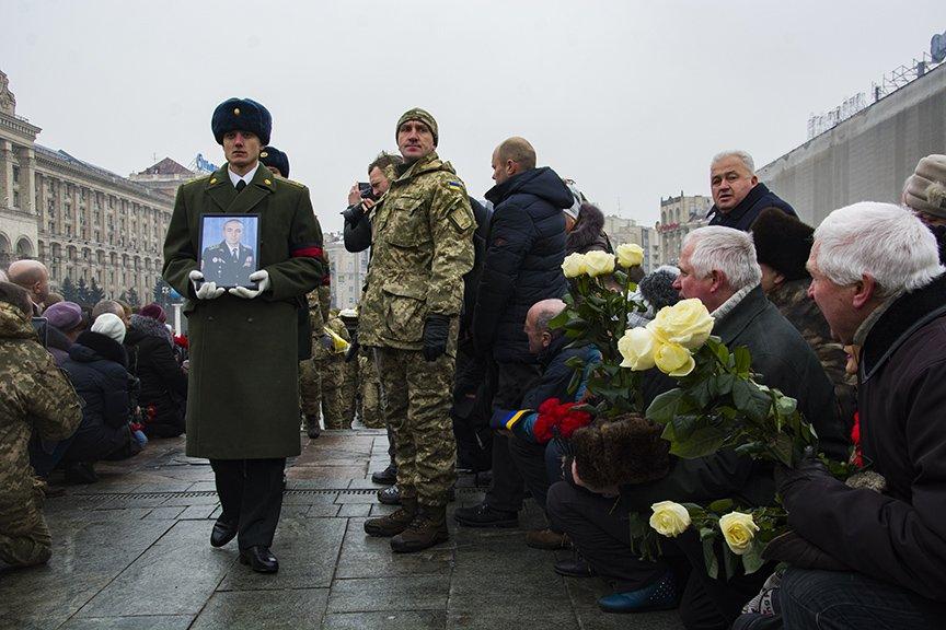 Киев простился с бойцами, погибшими под Авдеевкой (ФОТОРЕПОРТАЖ), фото-6