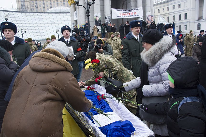 Киев простился с бойцами, погибшими под Авдеевкой (ФОТОРЕПОРТАЖ), фото-12