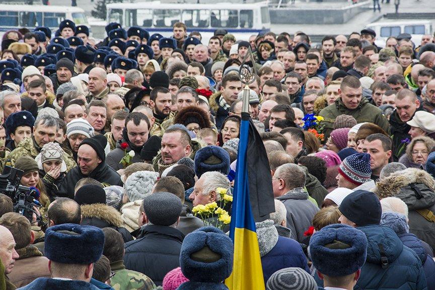 Киев простился с бойцами, погибшими под Авдеевкой (ФОТОРЕПОРТАЖ), фото-19