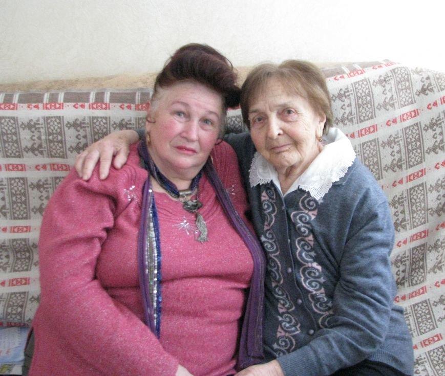 С волонтером и бывшей ученицей Светланой Варавой
