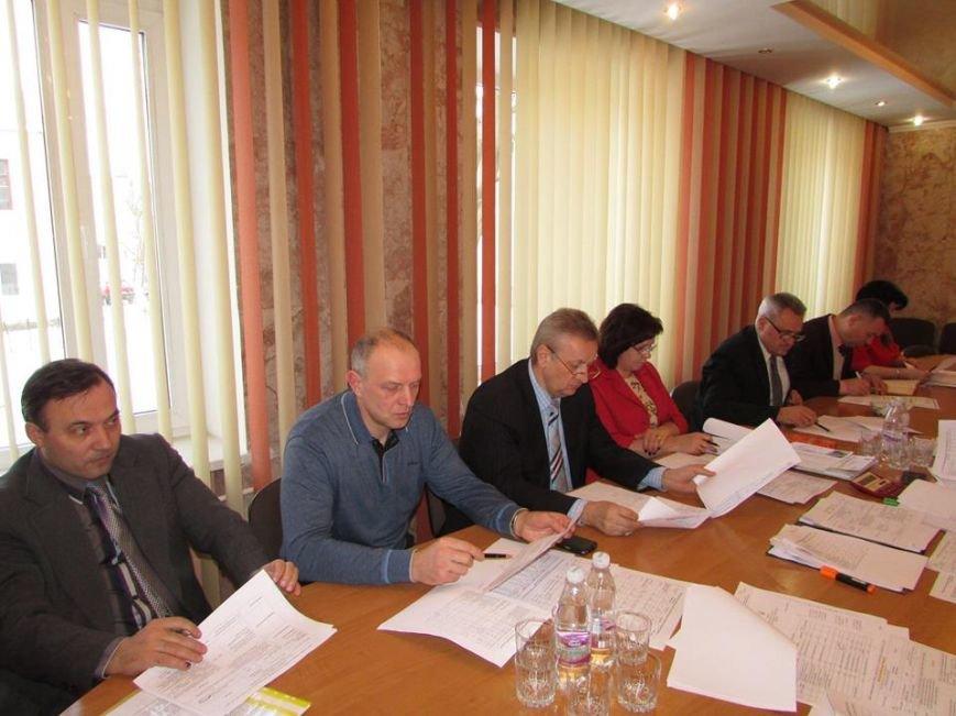 У Новоград-Волинській міській раді відбулась нарада з опрацювання інформаційного матеріалу щодо прийняття ставок по місцевих податках і зборах, фото-2