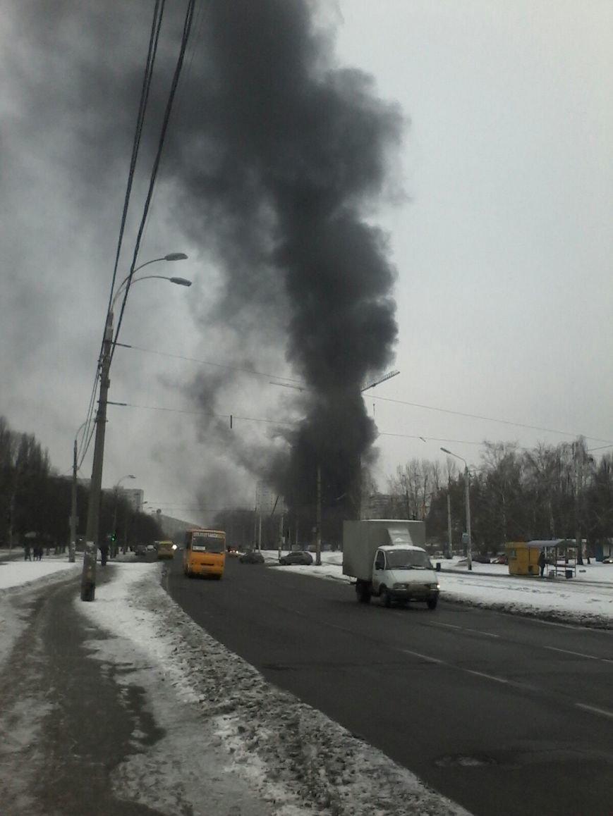 В Киеве произошел масштабный пожар в новостройке (ФОТО), фото-1