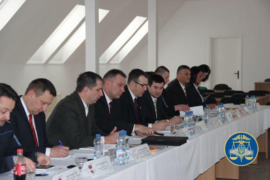 Незабаром між Україною та Угорщиною запрацює пункт пропуску зі спільним контролем: фото, фото-4