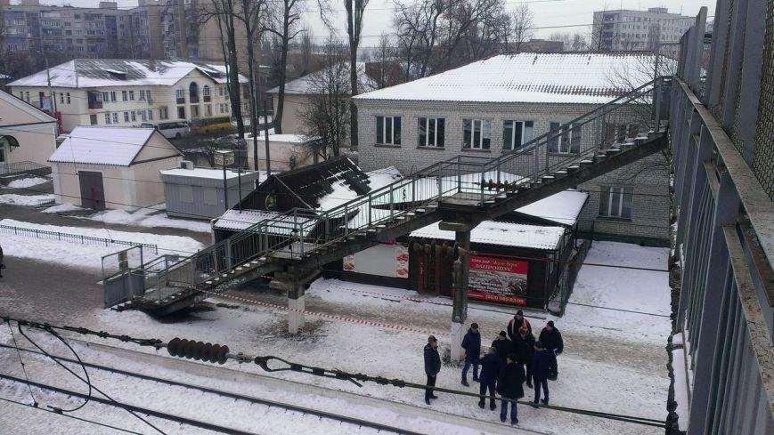 Начался капитальный ремонт надземного пешеходного перехода в Вишневом, подробности на сайте (ФОТО), фото-1