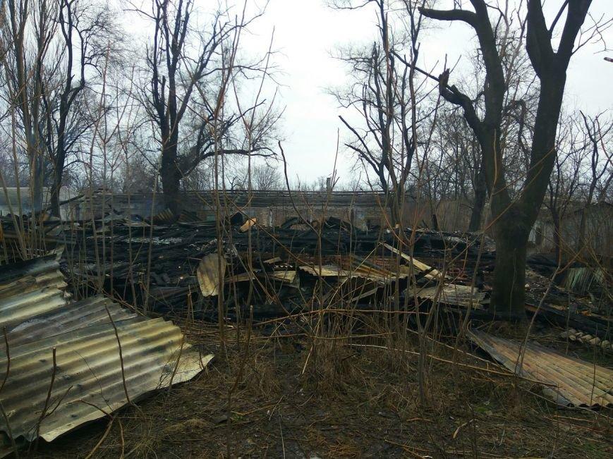 В Мариуполе сгорел лагерь бомжей (ФОТОРЕПОРТАЖ+ВИДЕО+ДОПОЛНЕНО), фото-9