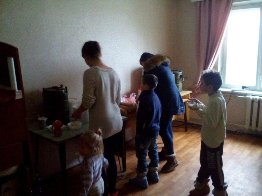 Под Мариуполем разместили около 30 жителей Авдеевки (ФОТО), фото-3