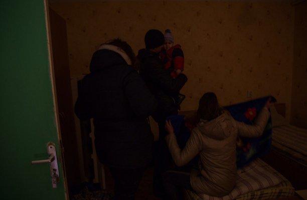 Под Мариуполем разместили около 30 жителей Авдеевки (ФОТО), фото-7