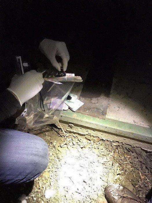 """На Закарпатті СБУ затримала прикордонника-хабарника з """"чорною касою"""" розміром у 60 тисяч гривень: фото, фото-4"""