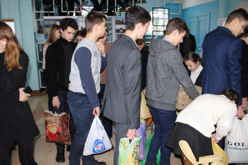 В Авдеевку спешит благотворительная помощь от жителей Золотоноши (ФОТО), фото-2