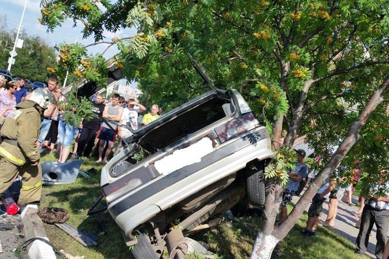 Виновник смертельной аварии получил 3,5 года колонии-поселения, фото-1