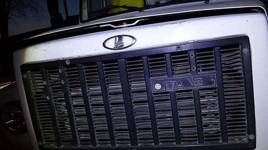 В Мариуполе мусоровоз и иномарка столкнулись на трамвайных путях (ФОТО), фото-6