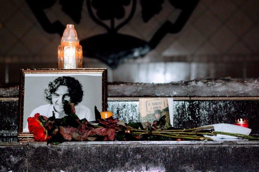 """""""Ужгород пам'ятає Кузьму"""": на Театральній вшанували пам'ять легендарного співака (ФОТОРЕПОРТАЖ), фото-13"""