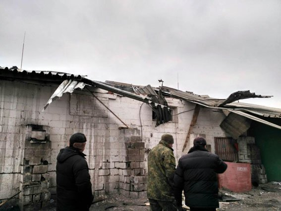 """Боевики из РСЗО """"Град"""" нанесли удар по Сартане. Повреждены зерноток, дома, столовая (ФОТО, ДОПОЛНЕНО), фото-7"""