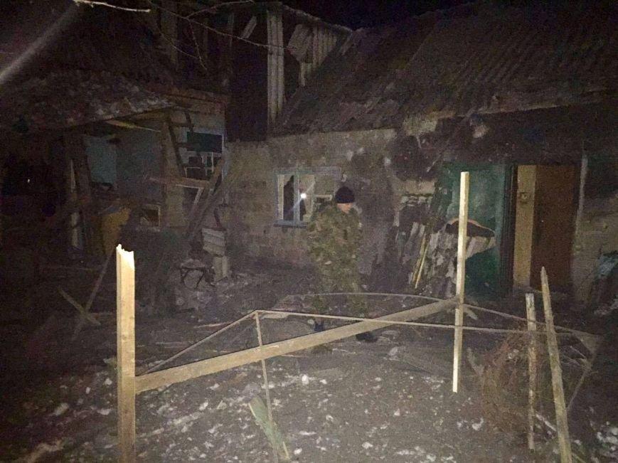 В Авдеевке боевики нанесли артудар по гуманитарным пунктам: 2 мирных жителя убиты, 2 - ранены (+ДОПОЛНЕНО+ФОТО), фото-2