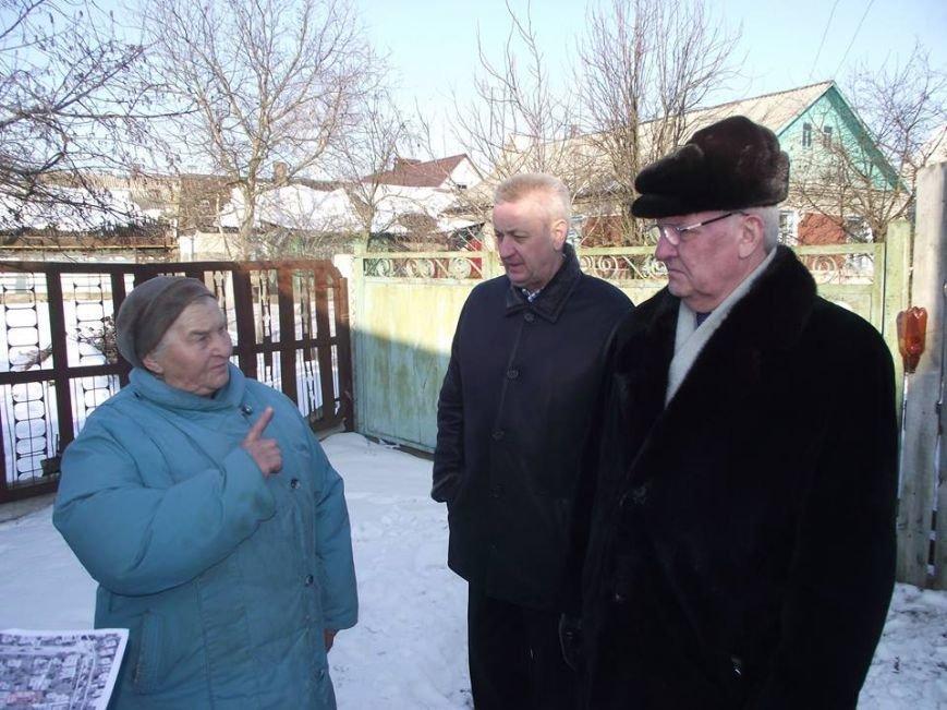 Міський голова Віктор Весельський здійснив виїзд на вулицю Лянгуса, з метою розгляду звернення щодо наміру приватизації проїзду між домовол..., фото-1