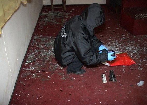 В Киеве неизвестный пытался взорвать ресторан, фото-3