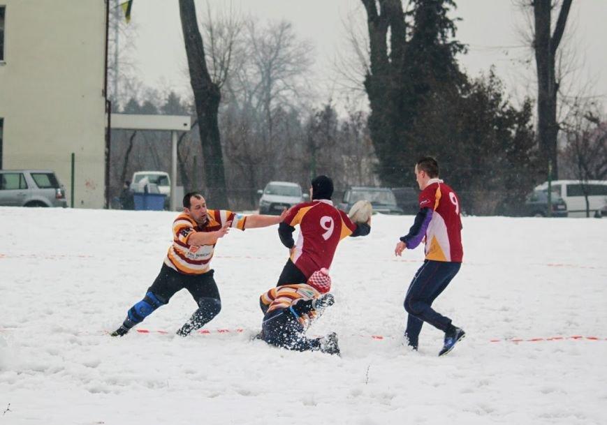 В Ужгороді відбувся перший в Україні турнір із регбі на снігу: фоторепортаж, фото-16