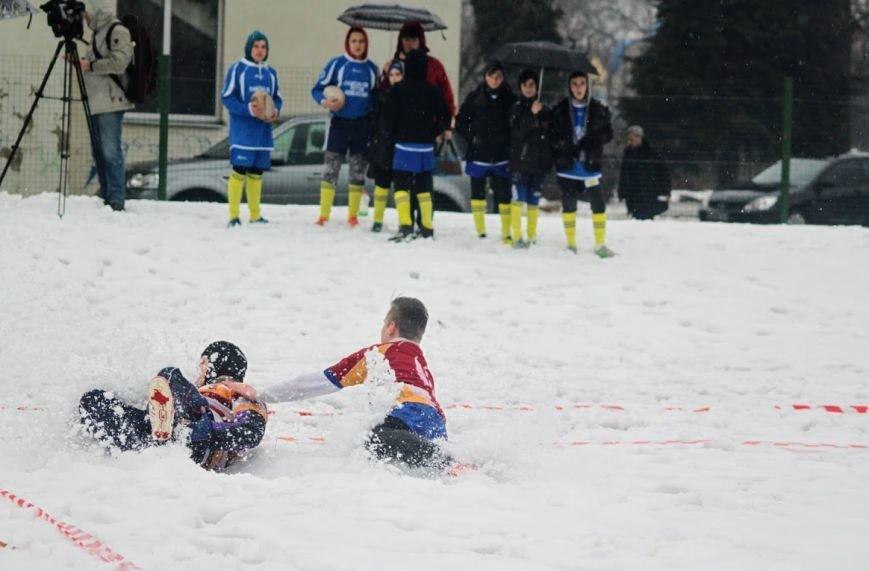 В Ужгороді відбувся перший в Україні турнір із регбі на снігу: фоторепортаж, фото-8