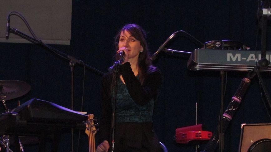 Два года без Кузьмы: мелитопольцы пели песни любимого артиста, фото-5