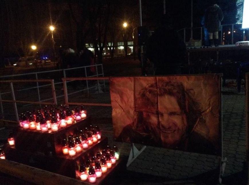 Мариупольцы организовали концерт в память о Кузьме Скрябине (ВИДЕО), фото-1