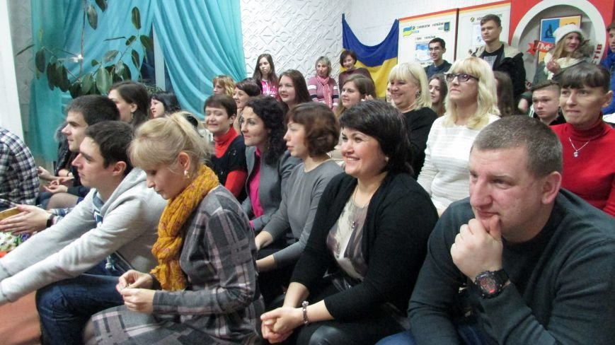Мелитопольские школы и гимназии распахнули двери для выпускников (фото, видео), фото-1