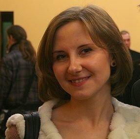 Олена Котис