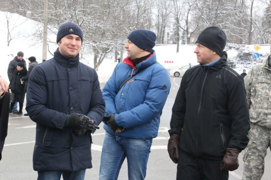 Участие в флешмобе отжиманий принял мэр Чернигова и его заместители, фото-3