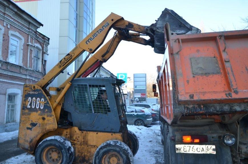 Последствия снегопада в Саратове, фото-1