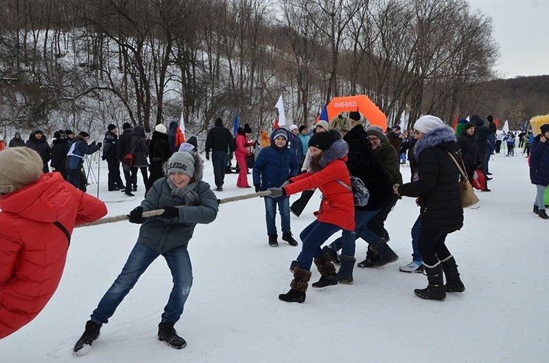 Саратовцы отпраздновали День зимних видов спорта, фото-1