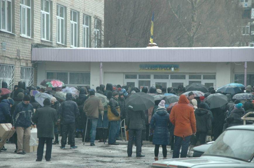 Волонтери Херсонщини доставили гуманітарну допомогу у Авдіївку (фото), фото-1