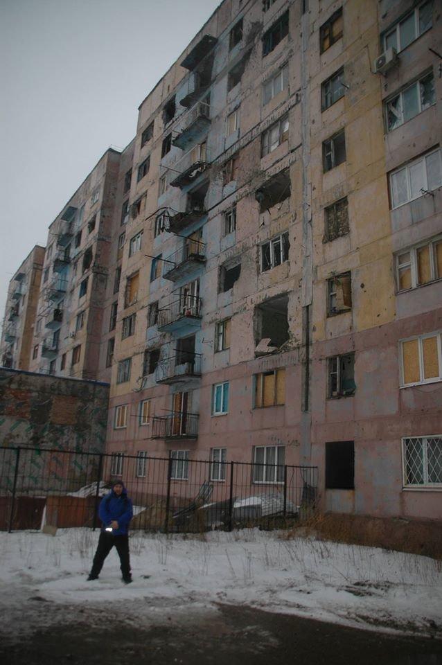 Волонтери Херсонщини доставили гуманітарну допомогу у Авдіївку (фото), фото-2