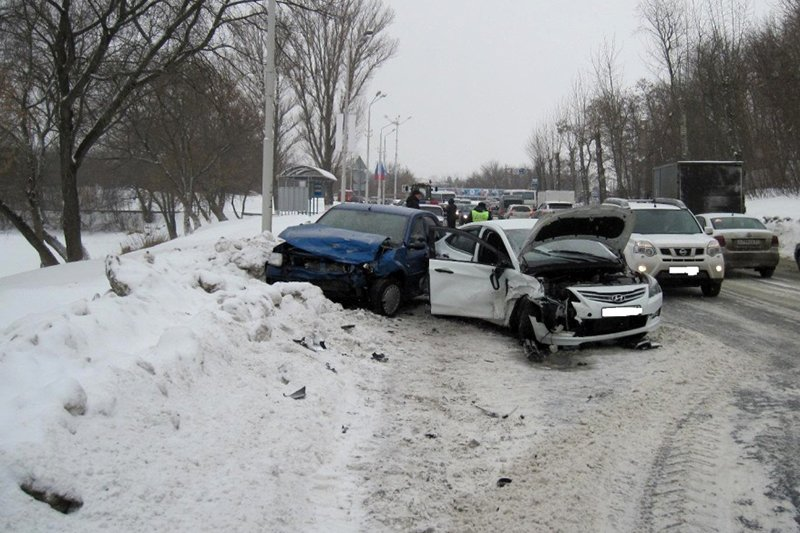 В страшном ДТП под Белгородом погибли муж и жена, ребёнок в больнице, фото-2