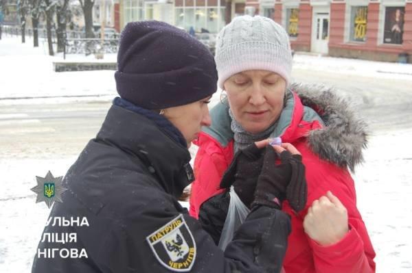 """Черниговские онкологи и патрульные приняли участие в """"Движении против рака"""", фото-3"""