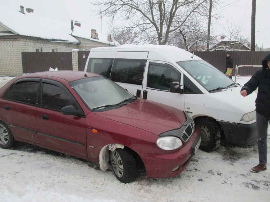 У Новограді-Волинському сталася дорожньо-транспортна пригода (ФОТО), фото-1