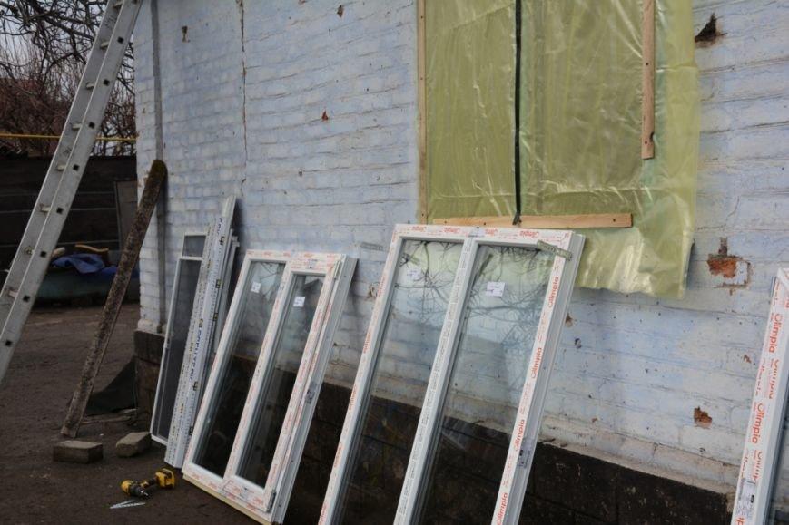 В Сартане  восстанавливают жилье после обстрелов (ФОТО), фото-2