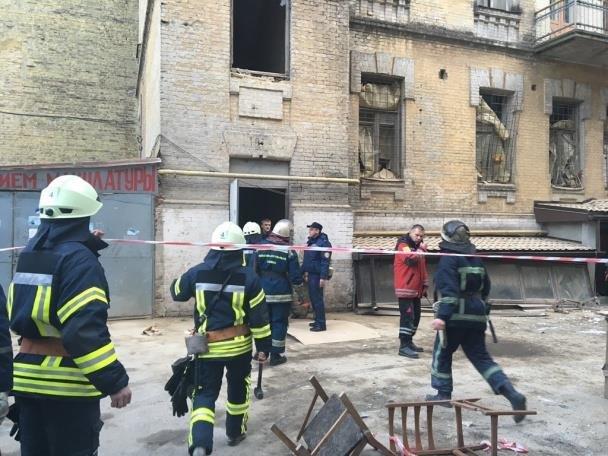 Подозреваемого в обвале дома на Хмельницкого взяли под домашний арест, фото-1