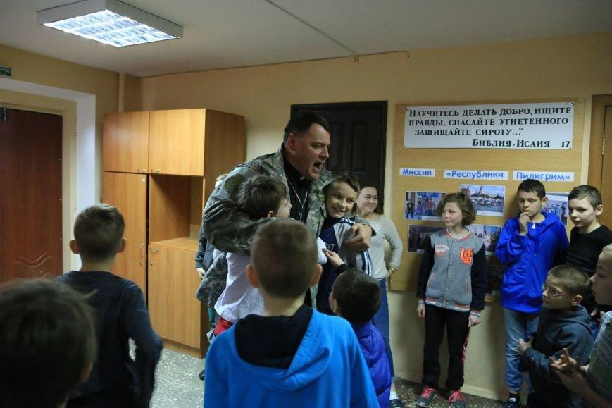 Мариупольский пастор Геннадий Мохненко вернулся из миссионерской поездки в Африку (ФОТО), фото-1