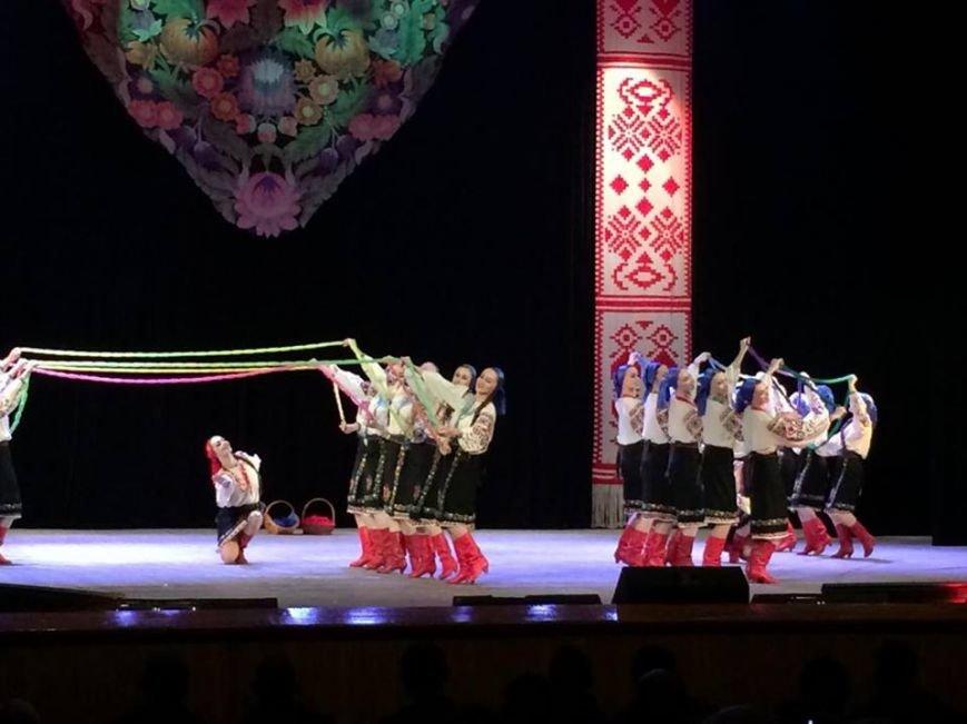 Мариупольцы увидели танцы в исполнении легендарного ансамбля им. Вирского (ФОТО, ВИДЕО), фото-6